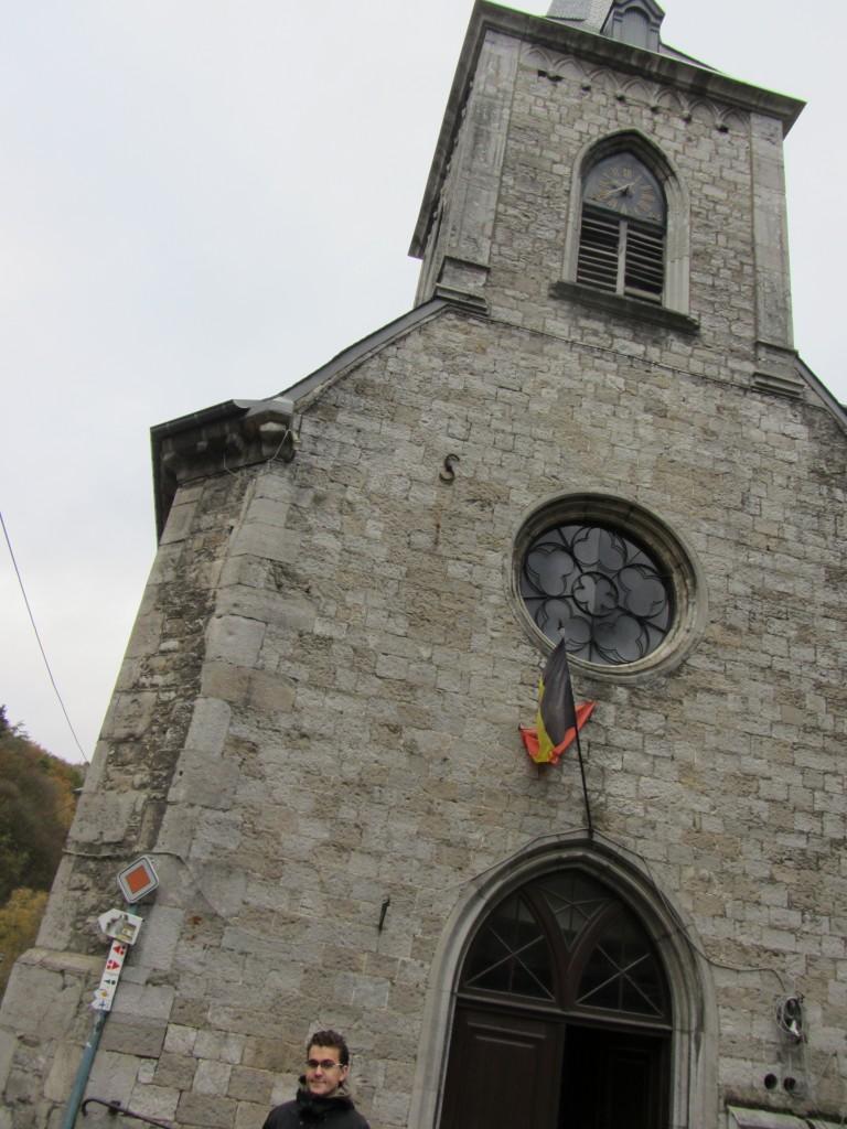 Iglesia con la arquitectura típica de la zona