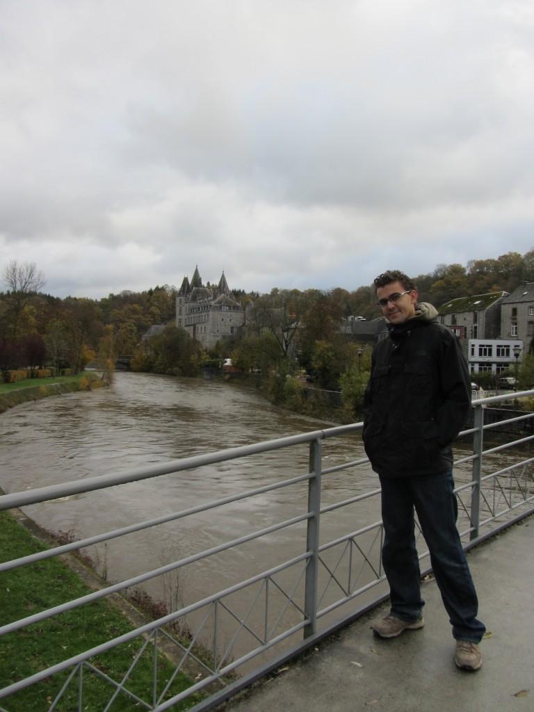 Cada pueblo bañado por el río