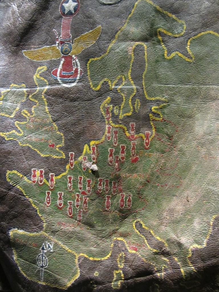 Cazadoza americana donde el soldado iba pintando las zonas bombardeadas