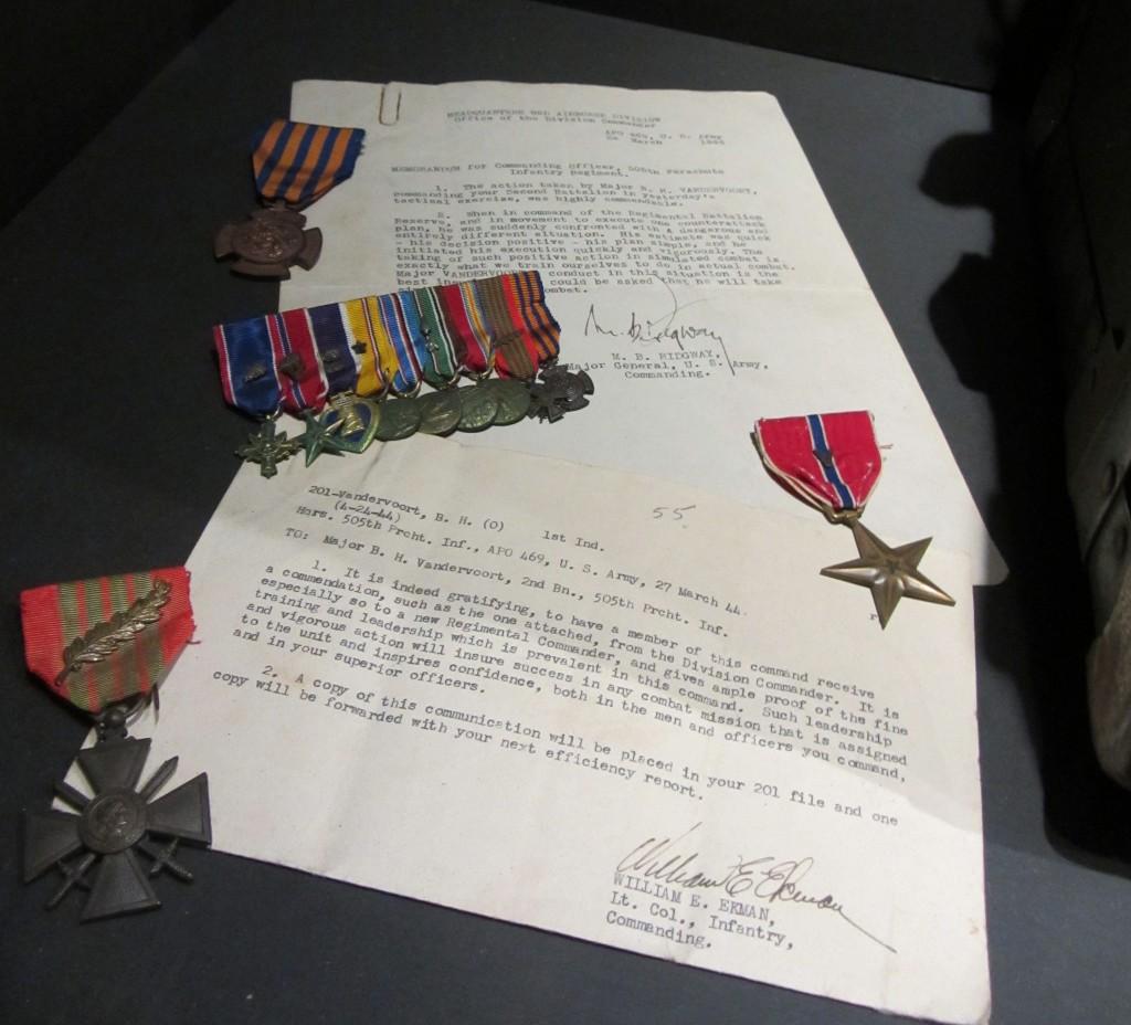 Comunicados y medallas