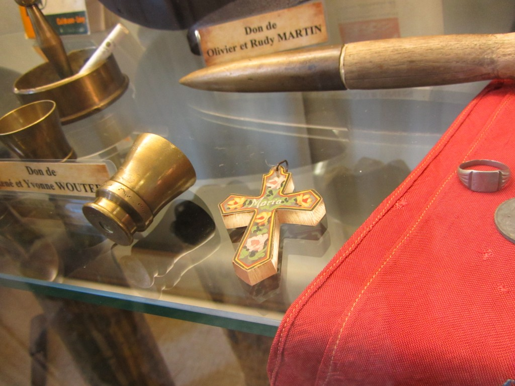 Algunos detalles del material que tenían en la zona del museo