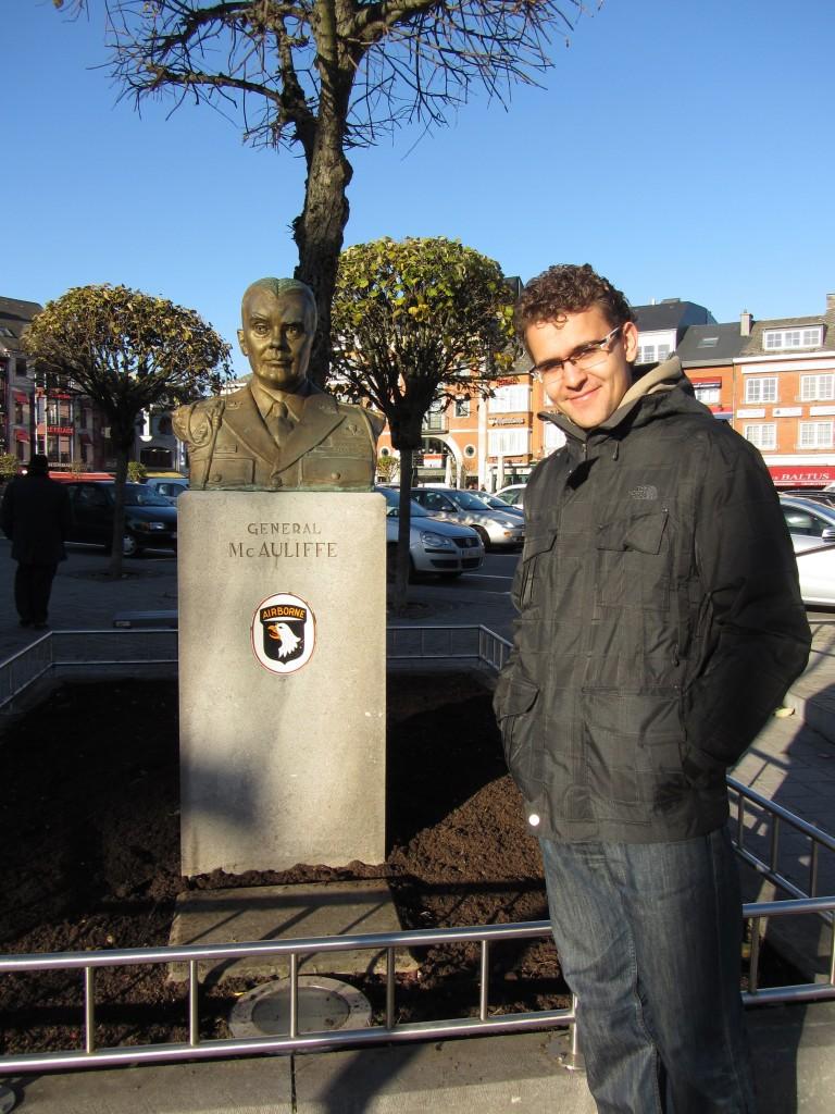 Con el general McAuliffe